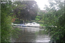 TQ1672 : Boat on the River Thames by N Chadwick