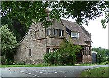 SJ4118 : Lodge near Broomfields by Stephen Richards