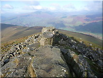 SO2718 : Rocky crags at the western end of the Sugar Loaf summit ridge by Jeremy Bolwell