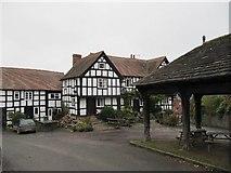 SO3958 : New Inn by the hall by Bill Nicholls