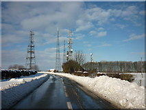 SE9532 : The masts at High Hunsley by Ian S