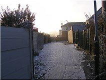 SO9596 : Icy Alley by Gordon Griffiths