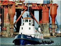 "J3576 : The ""Cultra"" at Belfast by Albert Bridge"