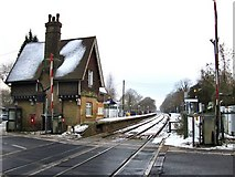TQ2151 : Betchworth Station in snow - the view west by Stefan Czapski