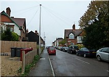 SU7172 : Looking up Lower Field Road towards Church Terrace by Basher Eyre