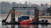 J3473 : Dredging the River Lagan, Belfast  -  2010/11 (97) by Albert Bridge