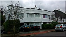 TQ2688 : 1930s houses, Vivian Way, East Finchley by Jim Osley
