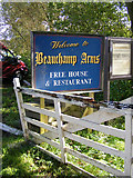 TG3504 : Beauchamp Arms sign by Glen Denny