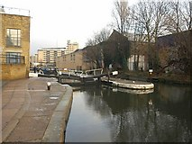 TQ3283 : Sturt's Lock, Regent's Canal by Derek Harper