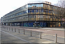 TQ3265 : Suffolk House, College Road by Stephen Richards
