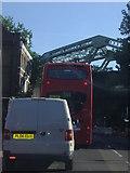 TQ3279 : Traffic at lights, Southwark Bridge Road by David Howard