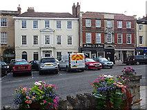 SU0061 : 28-30 St John's Street, Devizes by Stephen Richards