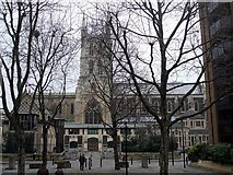 TQ3280 : Southwark Cathedral by Rob Farrow