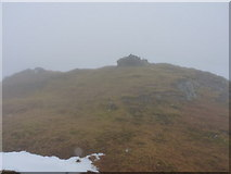 NN2018 : Summit clutter & cairn on Beinn Bhuidhe by Richard Law