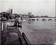 SU7682 : The River Thames at Henley-on-Thames by Richard Dorrell