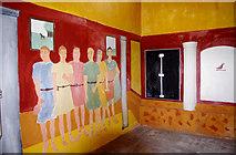 SJ5608 : Wroxeter Roman City (19) - interior of the replica Villa Urbana by P L Chadwick