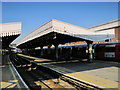 TQ2587 : Golders Green tube station platforms by Mike Quinn
