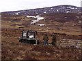 NN6870 : Work party above Dalnaspidal by ian shiell