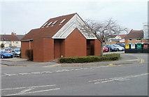 SU1585 : Chapel Street toilets, Swindon by Jaggery