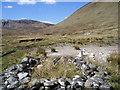 NH1717 : Shepherd's hut by Allt a' Ghlinne Fhada in Gleann Fada by Sarah McGuire