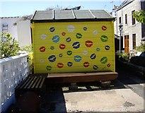 NJ9505 : Cosy corner, South Square, Footdee by Stanley Howe