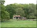 SP2657 : Dilapidated shed by Alan Murray-Rust