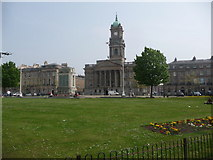 SJ3288 : Birkenhead: the Town Hall and war memorial by Chris Downer