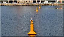 J3475 : Navigation lights, Belfast by Albert Bridge