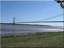 TA0225 : The Humber Bridge by Derek Voller