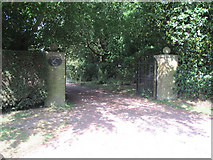 TF2198 : Entrance to Gunnerby House by John Firth