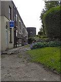 SJ9698 : Hyde's Terrace by David Dixon