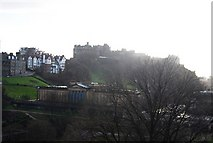 NT2573 : View from The Scott Monument - Edinburgh Castle by N Chadwick