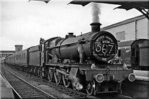 SX9193 : Paignton - Wolverhampton express at Exeter St David's by Ben Brooksbank