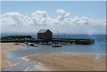 NT4999 : Elie Harbour at low tide by James Denham