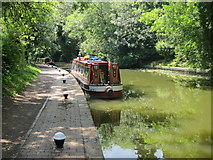 SP7287 : Narrowboat on the Grand Union by Oast House Archive