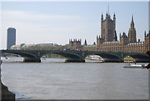 TQ3079 : Westminster Bridge and The Houses of Parliament by N Chadwick