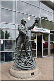 SK3871 : Statue of George Stephenson, Chesterfield Station, Derbyshire by Christine Matthews