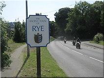 TQ9221 : Rye Town sign by David Anstiss