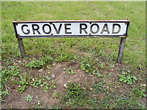 TM4160 : Grove Road sign by Geographer