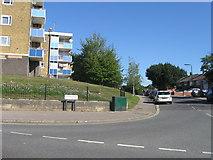SU4612 : Byron Road, Thornhill by Alex McGregor