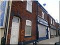 SD9300 : 356 Oldham Road, Ashton-under-Lyne by Steven Haslington