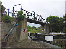 SE3419 : Fall Ing Bridge by Mike Todd