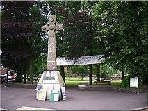 NX6851 : The Selkirk Memorial Cross, Kirkcudbright by Rose and Trev Clough
