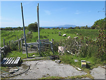 G6952 : Farmyard paraphernalia by Jonathan Wilkins