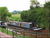 SO9262 : A narrowboat on the Droitwich Junction Canal, Hanbury Wharf by P L Chadwick