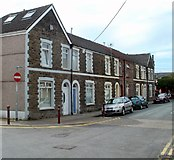 ST1586 : Western end of Windsor Street, Caerphilly by Jaggery