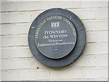 SH4862 : Ffowndri de Winton, Caernarfon by Meirion