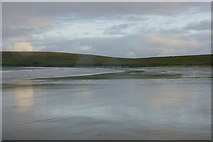 HP6102 : Easting beach from the north by Mike Pennington