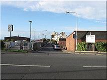 TQ3303 : Boundary Road by Simon Carey