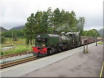SH5752 : Passing trains at Beddgelert by Gareth James